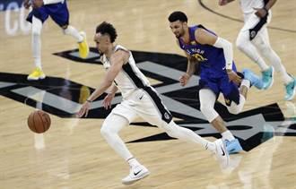NBA》馬刺出奇兵 懷特領軍橫掃金塊
