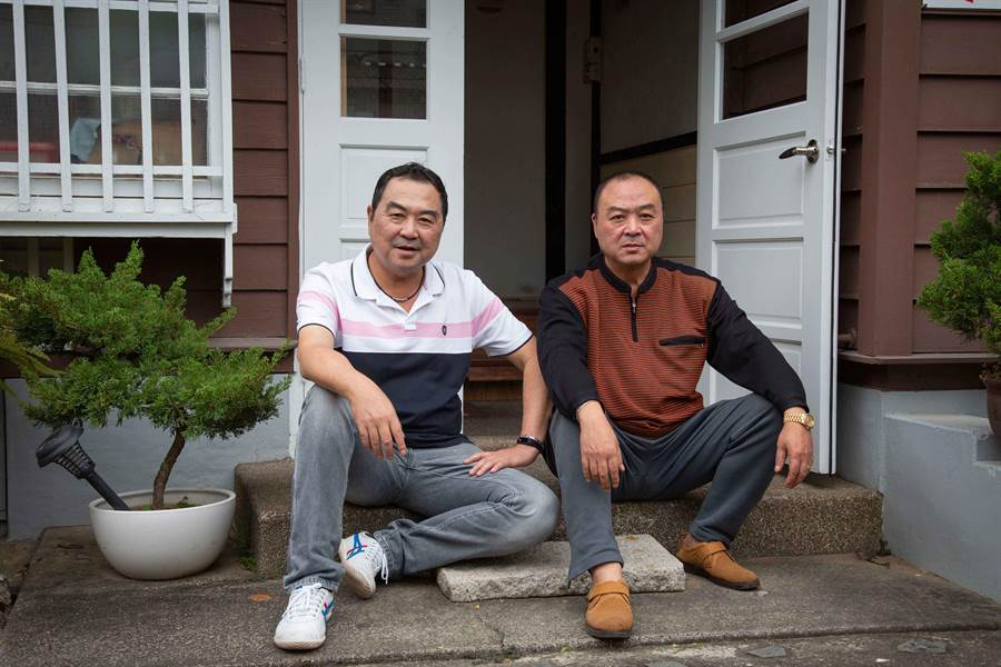 徐志榮和弟弟像雙胞胎,被稱可當立委分身。