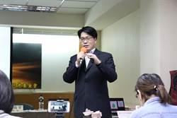 游盈隆批:民進黨斷送公投綁大選 愚不可及