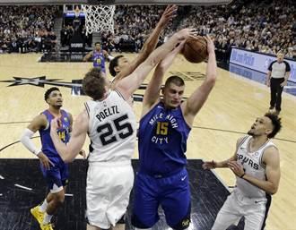 NBA》約基奇準大三元 金塊扳平戰局
