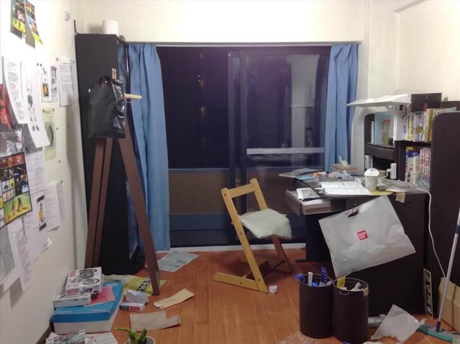 學生房間看似平凡 換個角度網驚艷(圖/翻攝自影片)