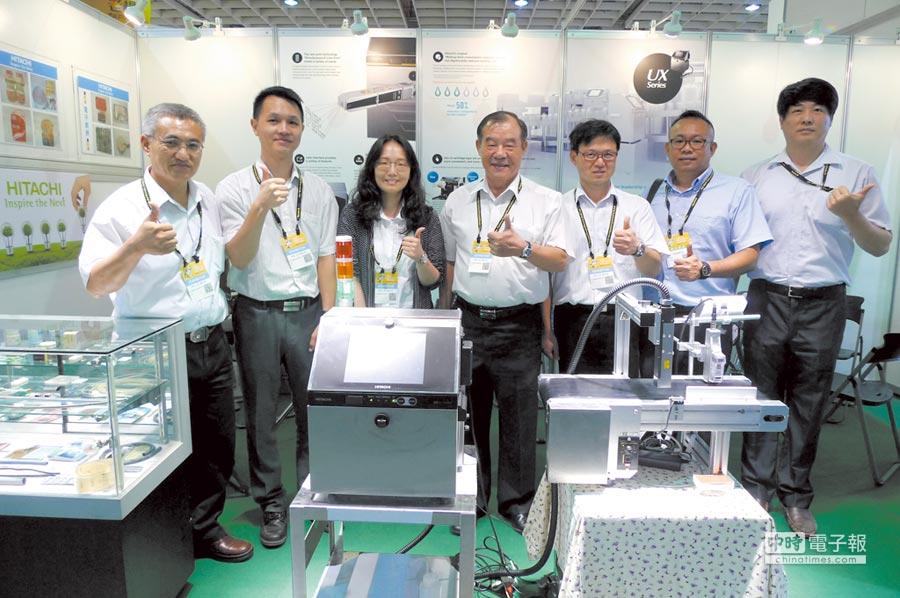 協立機械總經理林等廖向業界推薦日立激光雷射打標機高品質、多功能、高性能。圖/黃台中