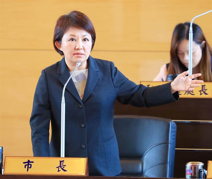 卢秀燕强调,她上任后追加8.5亿元预算,强调「托育补助不中断,家长福利不打折」,推出升级再加值的托育政策。