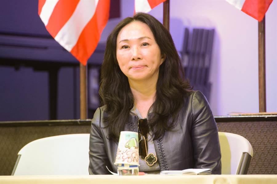 韓國瑜妻子李佳芬晚間發出聲明回應黃光芹。(林宏聰攝)
