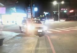 只是等紅燈 被酒駕男追撞到車毀人傷