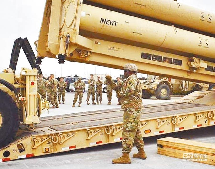 駐韓美軍在平澤基地進行「薩德」系統相關訓練。(取自35th Air Defense Artillery Brigade臉書)