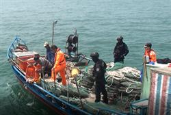 影》陸漁船越界 馬祖海巡隊帶回3人