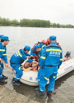 江西撫州藍豹救援隊熱心公益