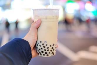 >珍奶到底怎麼喝?日本人崩潰求解