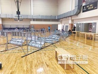 蘆洲運動中心修籃球架 鷹架倒塌釀1死1傷