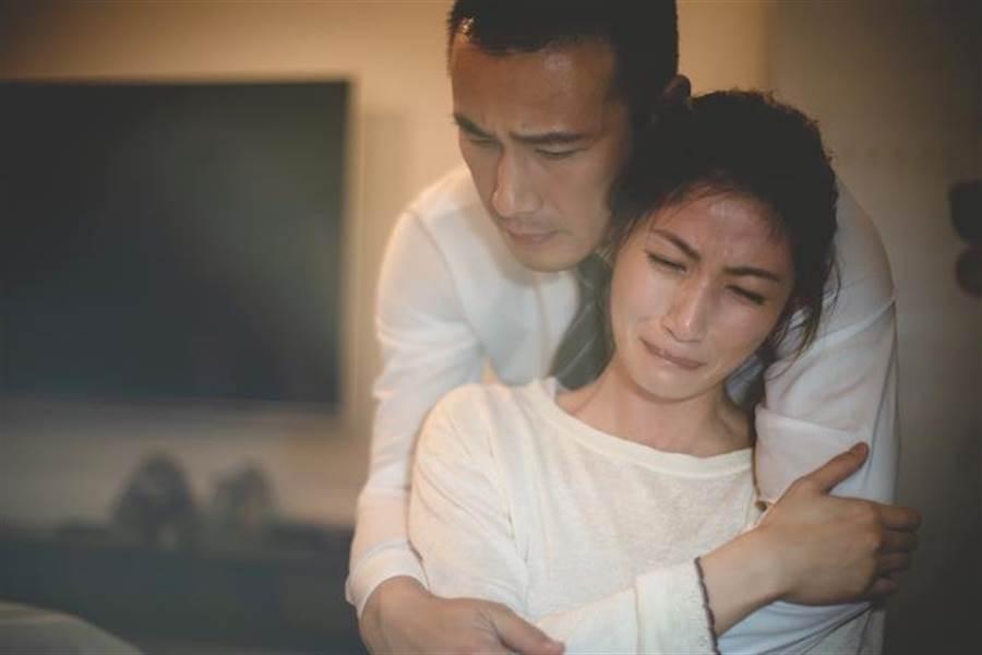 李千那與傅子純飾演夫妻。(民視提供)