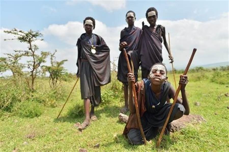 非洲殘忍割禮 無麻醉才是真男人(示意圖/達志影像)