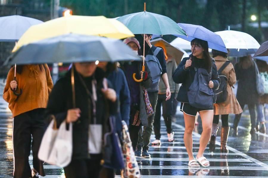 首波梅雨鋒面週三到 一圖看懂全台降雨分布。(本報資料照)