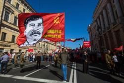 紅星照耀俄羅斯 假新聞始祖是他