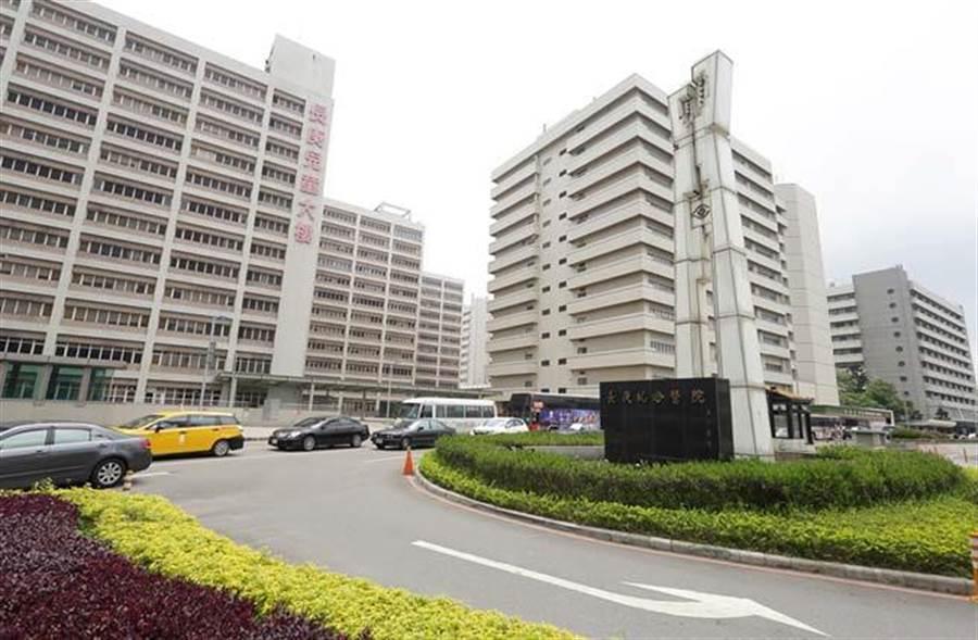 長庚醫院是區域內重要發展核心。(圖/易繼中攝)