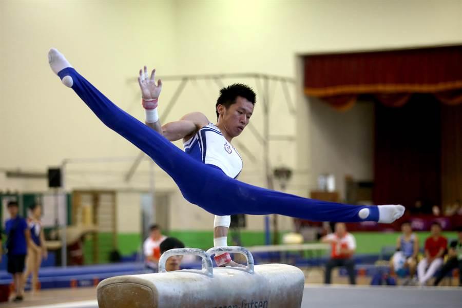 李智凱在108全大運競技體操個人全能摘金。(李弘斌攝)