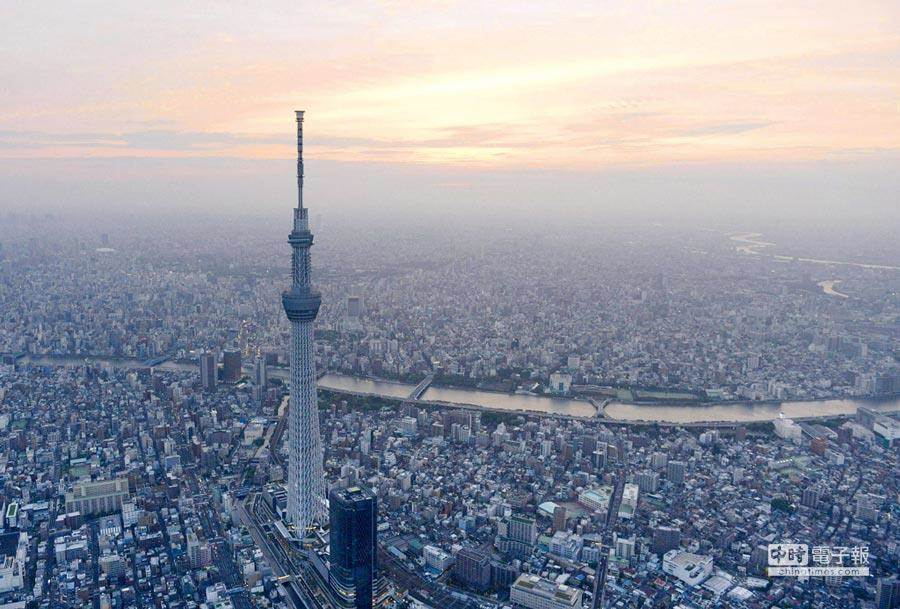 不僅是日本,大陸城市住宅空置率高,台灣的低度用電住宅高達86.4萬戶,供過於求但推案量未減,恐引發房市危機。(圖/路透)