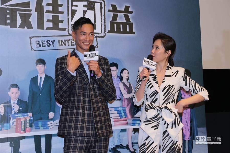 《最佳利益》男主角鍾承翰(左)、女主角天心(右)。(圖/記者廖映翔攝)