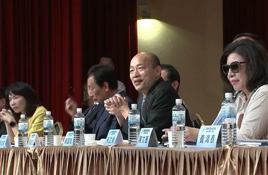 馬英九文教基金會今(30)日舉辦「突破困境、迎接挑戰」重振台灣競爭力研討會。