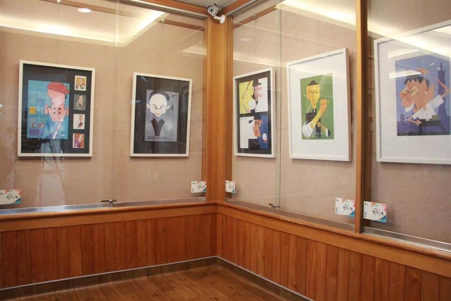 苗栗醫院與新竹生活美學館攜手合作,在院內藝文櫥窗展開為期1個月的畫作展示。(何冠嫻攝)