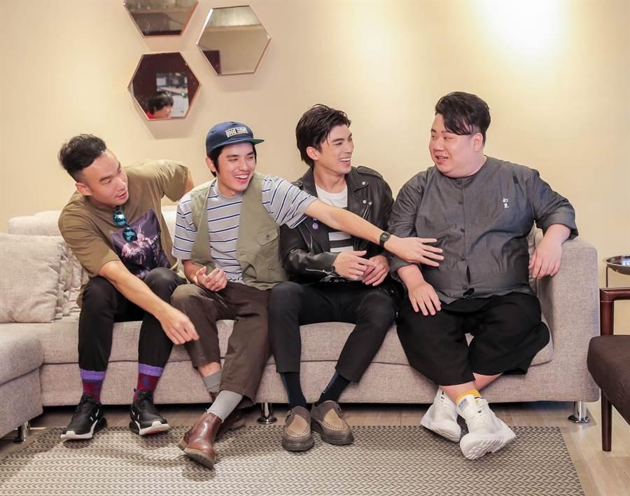 劉國紹(左起)、林哲熹、歐陽倫和邱俊儒一搭一唱回想拍攝過程。(盧禕祺攝)