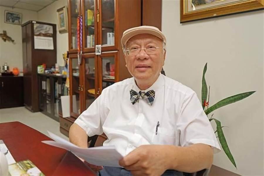 陳永興等醫界人士發起挺賴清德選總統的連署。(王亭云攝)