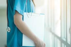 護理師扣繳憑單曝光 5年存3百萬