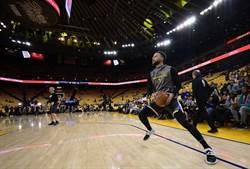 NBA》關鍵時刻熄火 柯瑞不滿第三戰表現