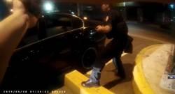 新北霹靂警攔可疑車 查獲毒品彈藥