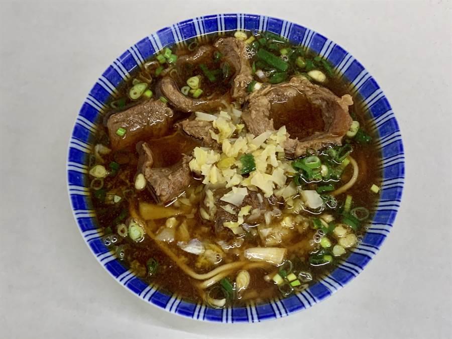 南投市「六六順」牛肉麵,讓人食指大動。(廖志晃攝)