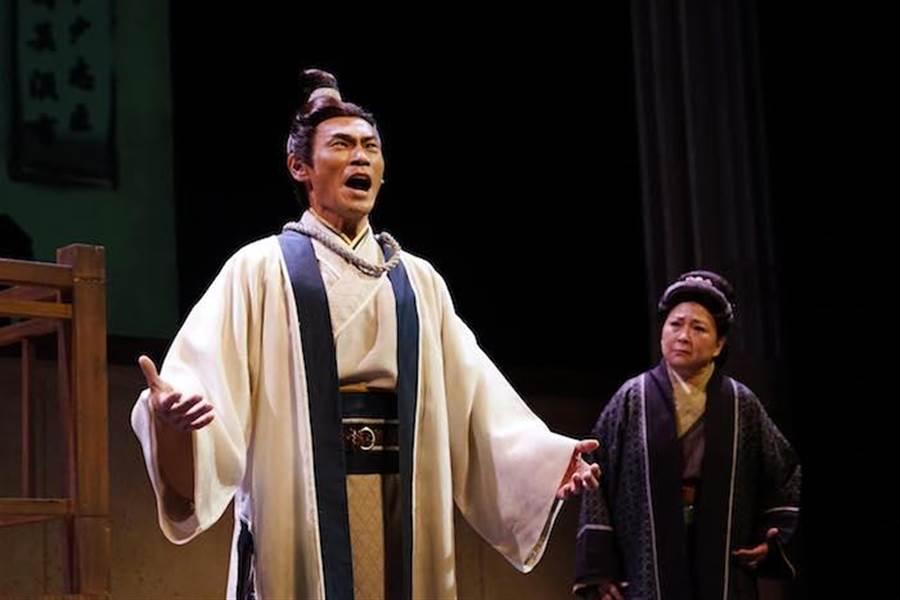 夏靖庭飾演岳飛。(全民大劇團提供)
