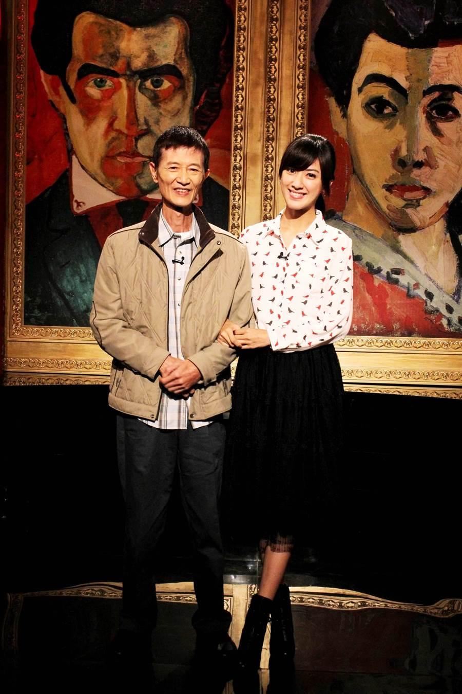 陳怡嘉與爸爸陳博正曾一起上節目受訪。(公視提供)