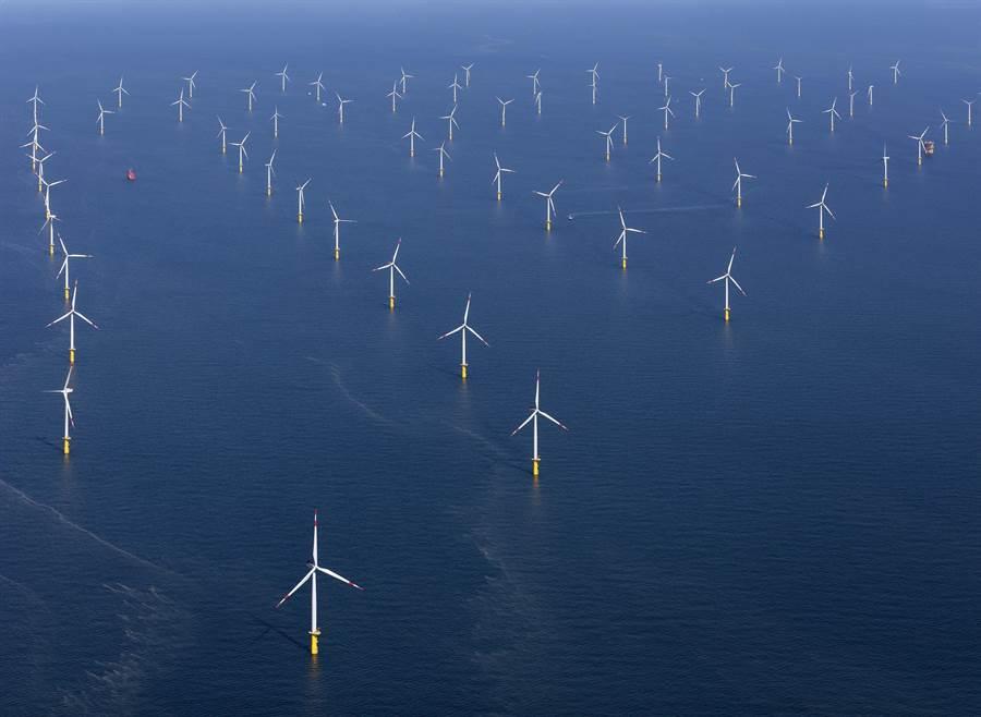 雲林外海將出現80座風力發電,圖為德國離岸風力發電。(達德能源提供)