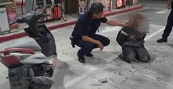 2匪持刀棒搶加油站 遭滅火器反擊狼狽落網
