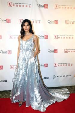 《瘋狂亞洲富豪》美麗女強人陳靜 完美駕馭海瑞溫斯頓的奢華