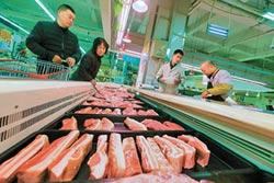 陸豬價飆近5成 雞肉也跟漲