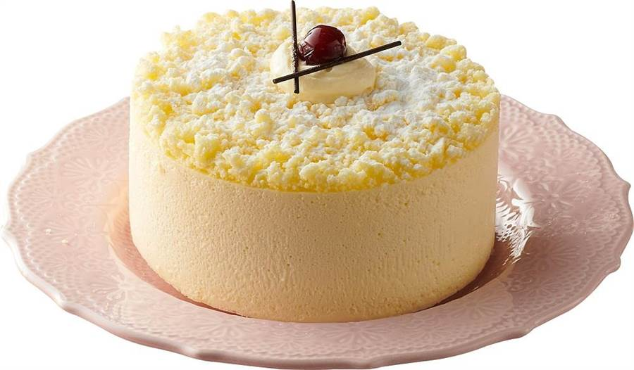 全聯We Swee仲夏雙層乳酪,嚴選法國進口燈塔乳酪為輕乳酪基底,用蒸烤方法保留乳酪蛋糕的綿細口感,乳酪慕斯嚴選kiri乳酪及澳洲奶油起司以完美黃金比例製成,260g/盒,149元。(全聯提供)