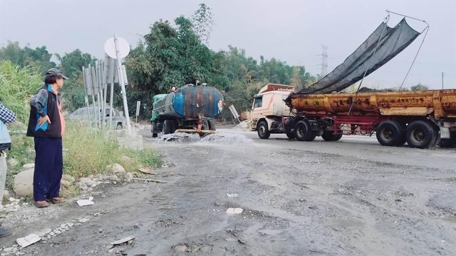 大型柴油貨車調修燃油控制系統,環保署也有補助辦法。(資料照/環保署提供)