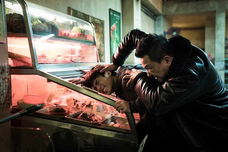 林哲熹(左)在拍《狂徒》時受了不少皮肉傷。