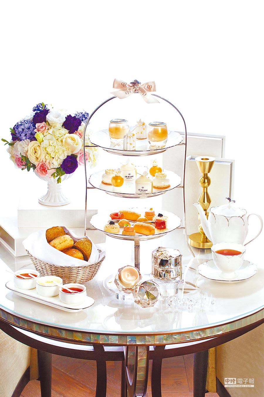 青隅首度攜手日本頂級保養美妝品牌肌膚之鑰,推出「精質極光傳奇下午茶饗宴」。(台北文華東方酒店提供)
