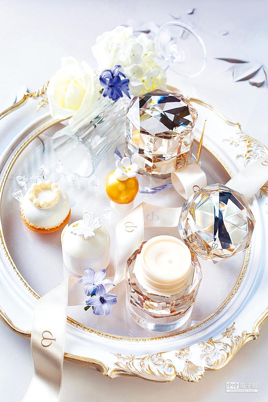 「精質極光傳奇下午茶饗宴」將肌膚之鑰的風格和元素化為精美的午茶甜點。(台北文華東方酒店提供)
