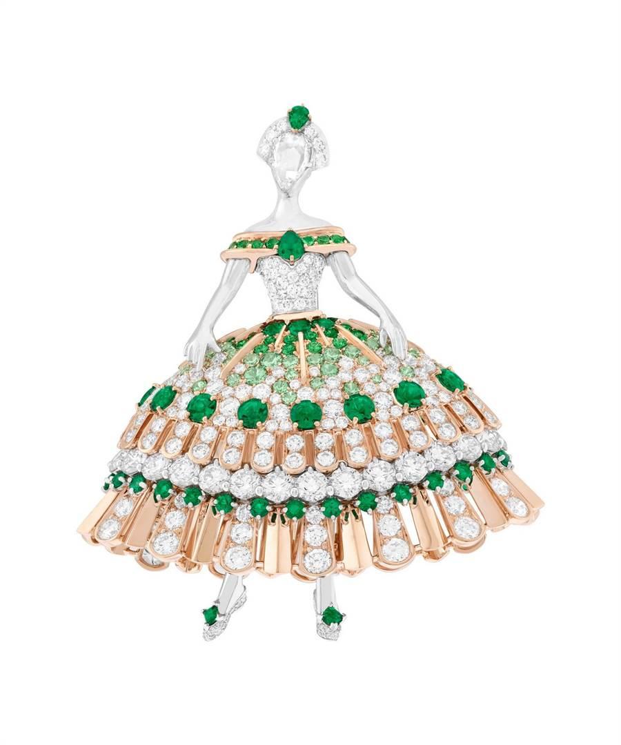 梵克雅寶Princesse Alienor芭蕾舞伶胸針,是以立體造型打造,更添趣味。(Van Cleef & Arpels提供)