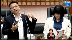 繼龍袍後 綠議員送韓國瑜酒測器  網轟作秀