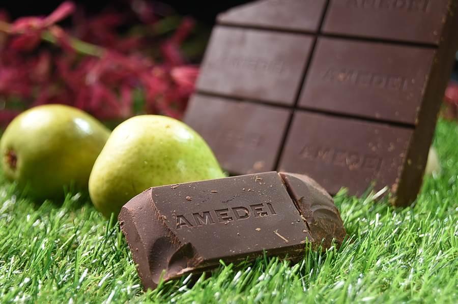 義大利級巧克力Amedei被稱為「巧克力界法拉力」,用來製作甜點,味道非常香醇濃郁。(圖/姚舜)