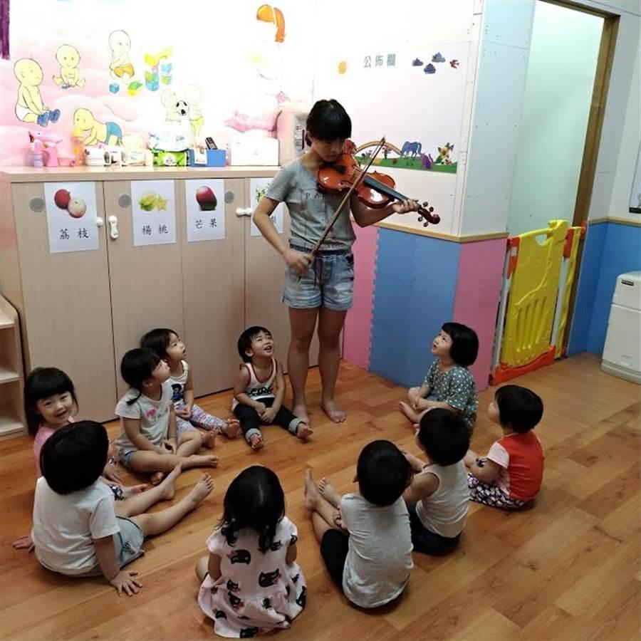 台中市長盧秀燕6日求盡速輔導全市立案152家托嬰中心,監視器安裝率應達百分之百。(圖/台中市府提供)