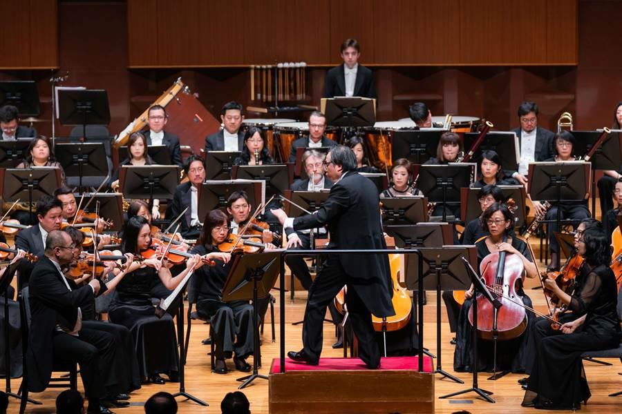在音樂總監呂紹嘉帶領之下,NSO國家交響樂團完成此次三城日巡。(NSO提供)