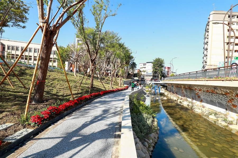 豐原葫蘆墩圳是農田灌溉水圳,河道內水量會隨季節變動屬於大自然現象!(陳世宗翻攝)