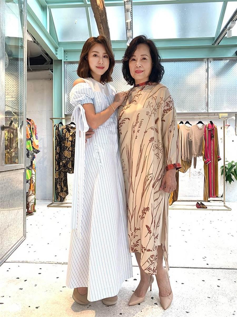房思瑜與媽媽。(TVBS)