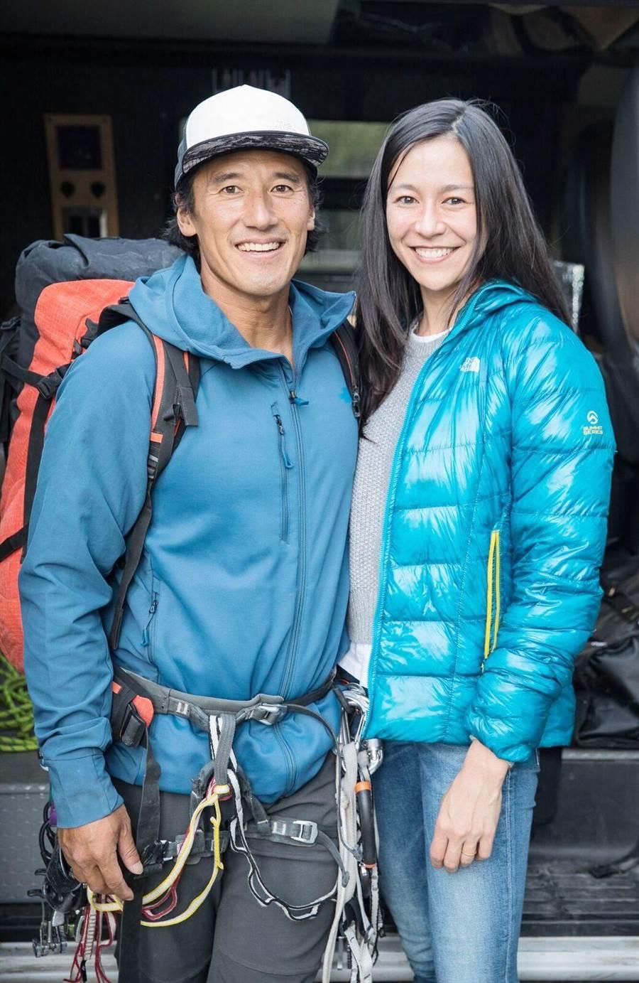 金國威攻頂「酋長岩」懸空,拍攝《赤手登峰》妻子伊莉莎白柴瓦沙瑞莉相當擔心。(海鵬提供)