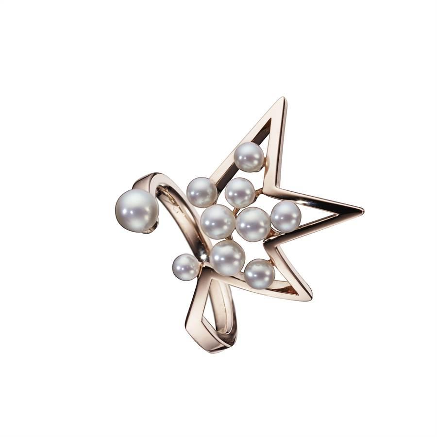 TASAKI abstract star 珍珠櫻花金戒指,7萬500元。(TASAKI提供)